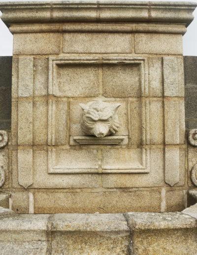 Fontaine en granit à vendre à Quimper